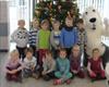Kindergärten schmückten die Weihnachtsbäume