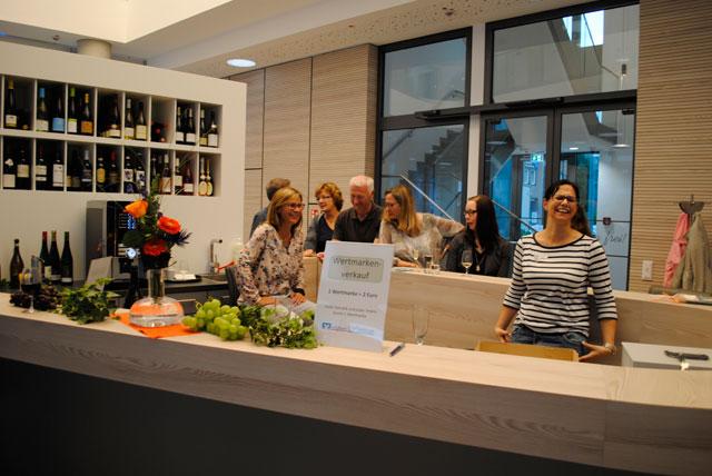 Volksbank Kleverland feiert Weinfest