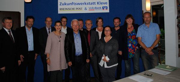 Gruppenfoto der Teilnehmer der Zukunftswerkstatt der Volksbank Kleverland eG