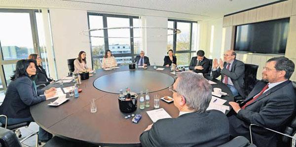 Diskussionsrunde bei der Zukunftswerkstatt der Volksbank Kleverland eG